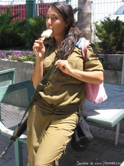 http://4.bp.blogspot.com/-db18hyf6T7c/Ti2X852cVjI/AAAAAAAAAGw/bCvzTpqSw3A/s1600/Israeli+Women+Army+Soldiers+%252819%2529.jpg