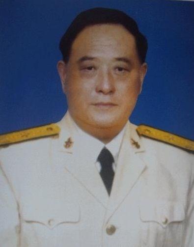 Luu_Hi_Trungchi_huy_bien_doi_xam_chiem_Hoang_Sa_1974